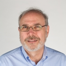 Photo of Dr Simmens