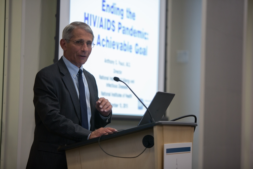 Dr. Fauci looks into the camera while presenting on ending the HIV pandemic